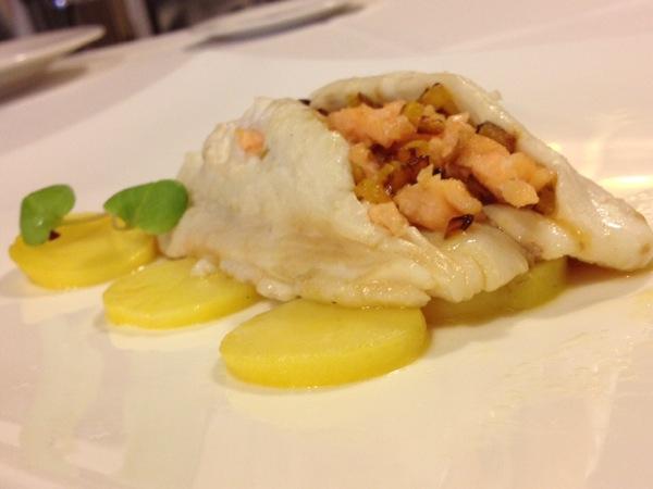 Merluza rellena de salmón y calabaza